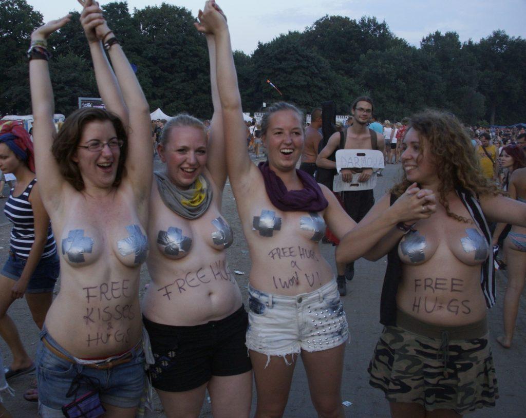"""""""ウッドストックフェスティバル""""とかいうフェスが裸祭りだった件wwwwwww・9枚目"""