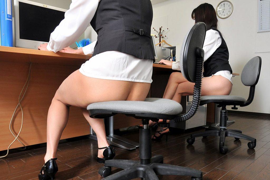 今年は女子社員の制服をさらにクールビズにしてみたんだがwwwwwwwwww(画像あり)・11枚目
