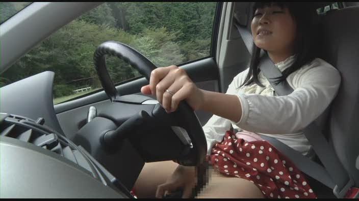 車を運転しながらオナニーする基地外女がいるんだが・・・・・(GIFあり)・12枚目