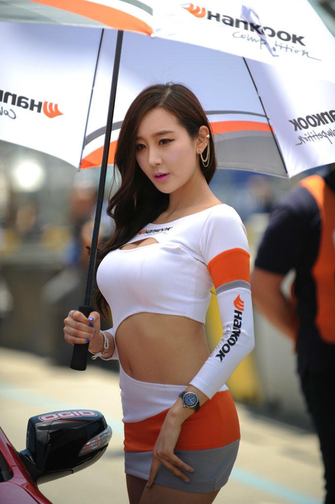 【※激写※】韓国の美人キャンギャル、ノーパン率が高かった模様・・・・・(画像あり)・14枚目