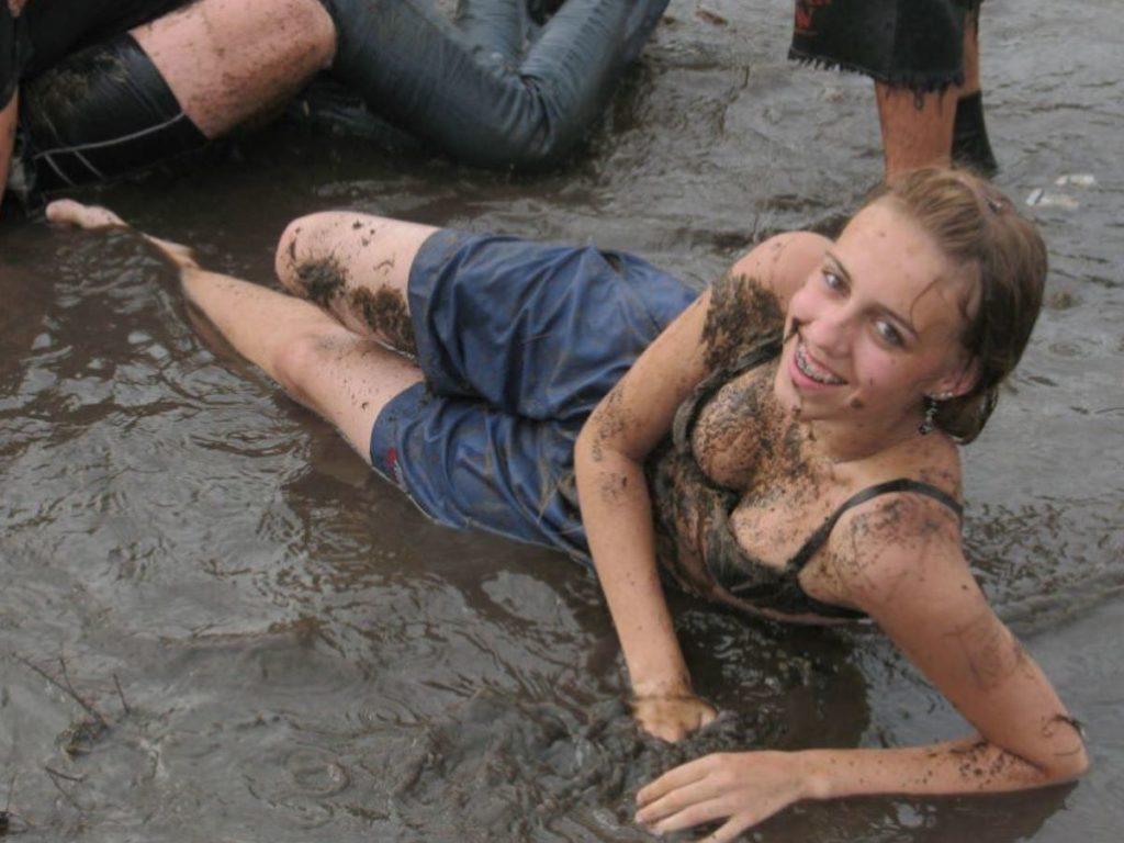 """""""ウッドストックフェスティバル""""とかいうフェスが裸祭りだった件wwwwwww・16枚目"""