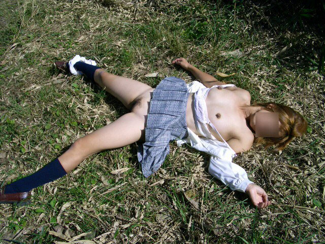 【悲報】レイプ後にポイされた女の子たちが無残すぎる・・・・・・(※画像あり)・2枚目