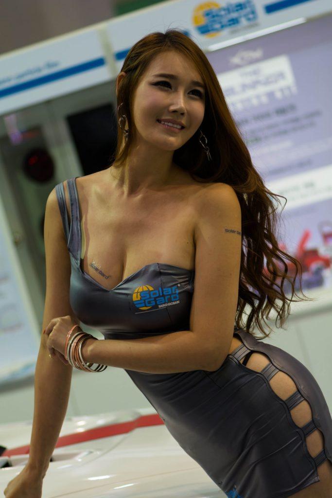 【※激写※】韓国の美人キャンギャル、ノーパン率が高かった模様・・・・・(画像あり)・26枚目
