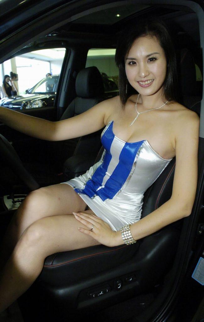 【※激写※】韓国の美人キャンギャル、ノーパン率が高かった模様・・・・・(画像あり)・29枚目