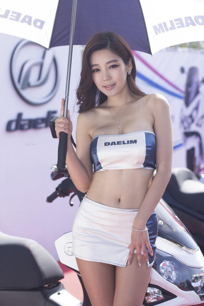 【※激写※】韓国の美人キャンギャル、ノーパン率が高かった模様・・・・・(画像あり)・32枚目