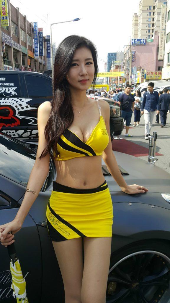 【※激写※】韓国の美人キャンギャル、ノーパン率が高かった模様・・・・・(画像あり)・33枚目