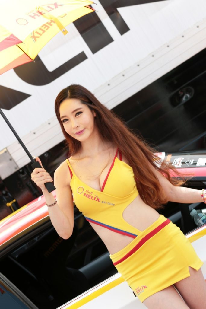 【※激写※】韓国の美人キャンギャル、ノーパン率が高かった模様・・・・・(画像あり)・34枚目