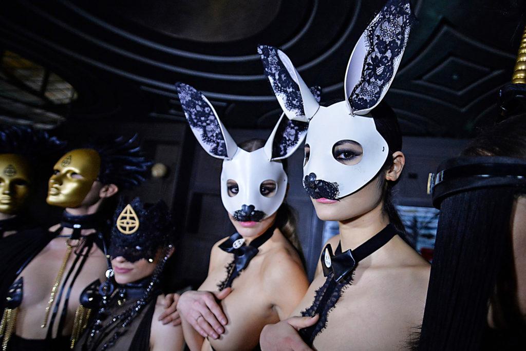 ロサンゼルスの風俗店「KinkyRabbit Club」ぐぅ~めちゃシコなんだがwwww・5枚目