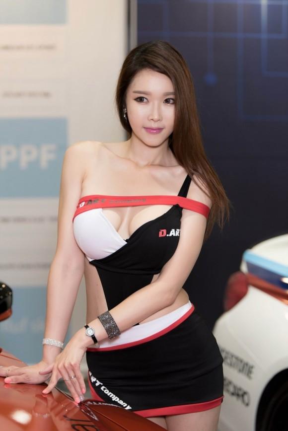 【※激写※】韓国の美人キャンギャル、ノーパン率が高かった模様・・・・・(画像あり)・6枚目