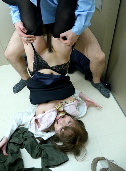 【マンション住民注意】エレベーターの中でおきた小●生性的暴行事件。→ヤバ過ぎるだろ・・・(GIFあり)・7枚目