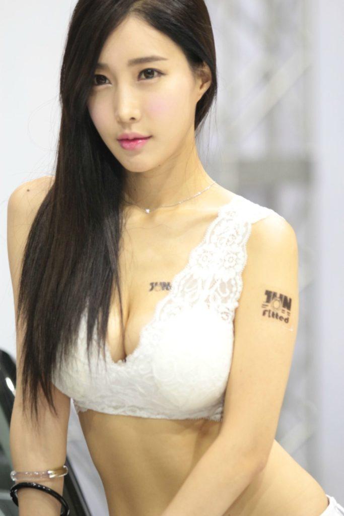 【※激写※】韓国の美人キャンギャル、ノーパン率が高かった模様・・・・・(画像あり)・7枚目