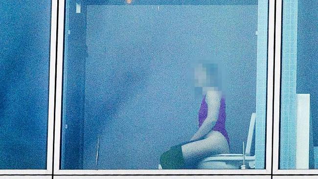【※悲報】高級ホテルのトイレ、通行人から丸見えだった件wwwwwwwwwwww(画像あり)・5枚目