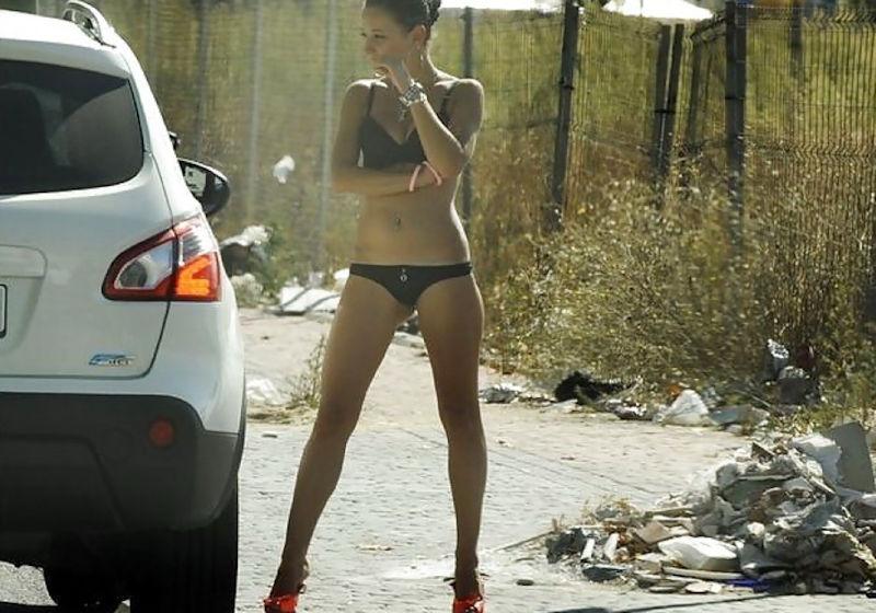 身体が絶品の売春街の女の子をご覧下さい。(※画像あり※)・13枚目