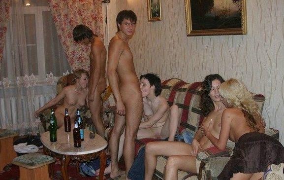 「SEXはみんなで楽しく」をモットーに開かれる乱交パーティをご覧下さいwww・17枚目