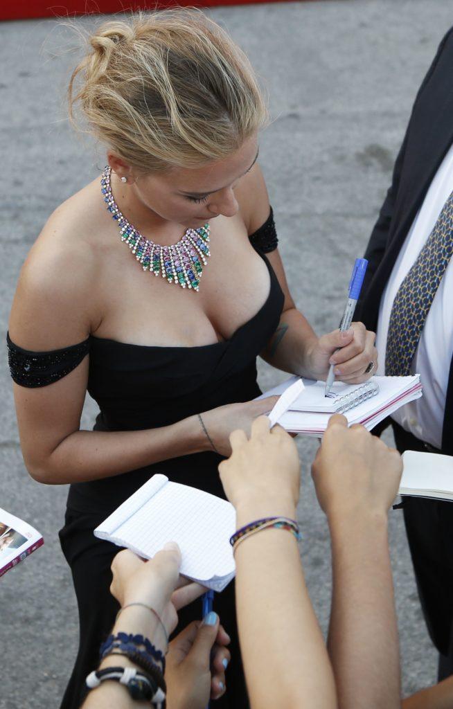 【スカーレット ヨハンソン】最も稼ぐハリウッド女優のヌードエロ画像をご覧ください。(45枚)・24枚目