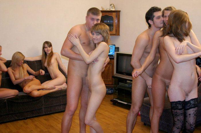 「SEXはみんなで楽しく」をモットーに開かれる乱交パーティをご覧下さいwww・27枚目