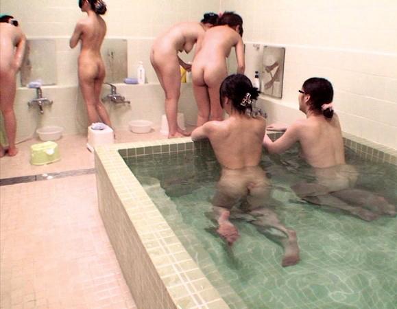 【ガチ盗撮】修学旅行の女子学生、宿泊先でしっかり盗撮され拡散される・・・(画像あり)・48枚目