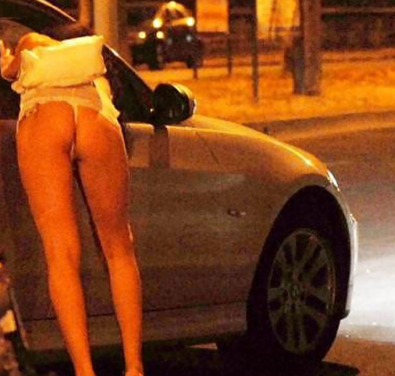 身体が絶品の売春街の女の子をご覧下さい。(※画像あり※)・28枚目