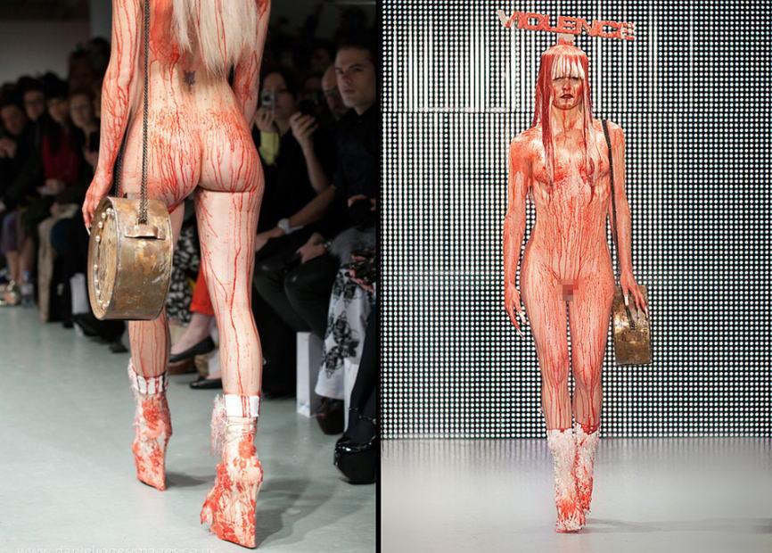 ファッションショーのモデルさん、マンコ丸出しで目のやり場に困るんだが・・・・・(画像あり)・8枚目