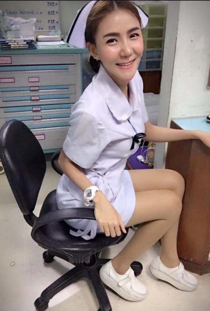 【画像あり】タイで入院したワイ、ナースがエロすぎで勃起が止まらない・・・・1枚目