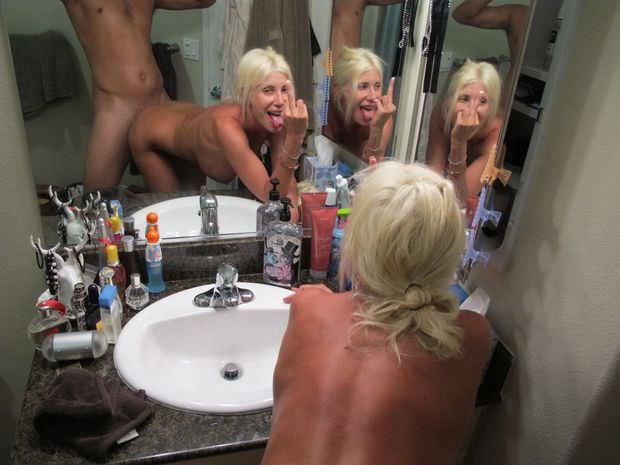 【素人流出】鏡越しにハメ撮りしたバカップル破局後にしっかり流出するwwwwww(エロ画像あり)・83枚目