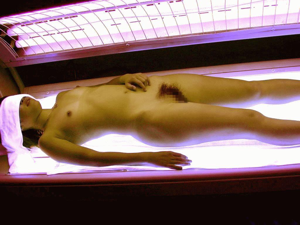 日サロでオナニーする女、盗撮されてるとも知らずうpされ爆死wwwwwwww(※画像あり)・14枚目