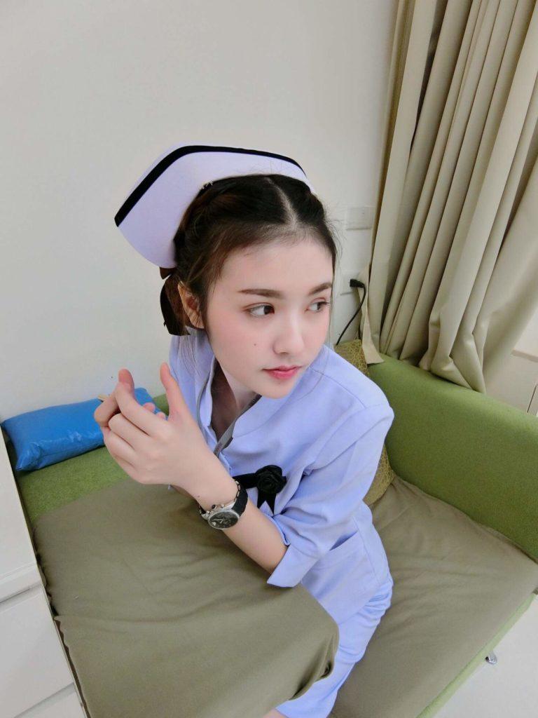 【画像あり】タイで入院したワイ、ナースがエロすぎで勃起が止まらない・・・・16枚目