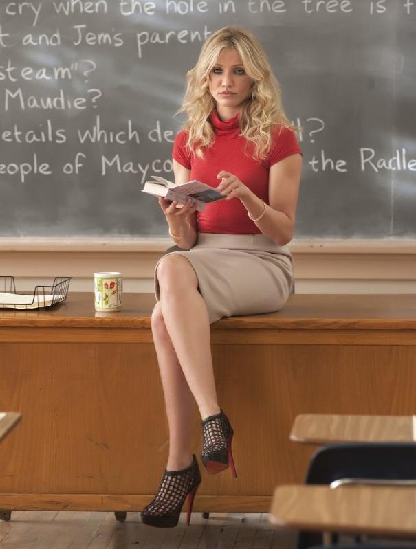 【女教師】「ワイの担任エロくない?」とSNSにうpされた画像。父親も興奮するわwwww・17枚目