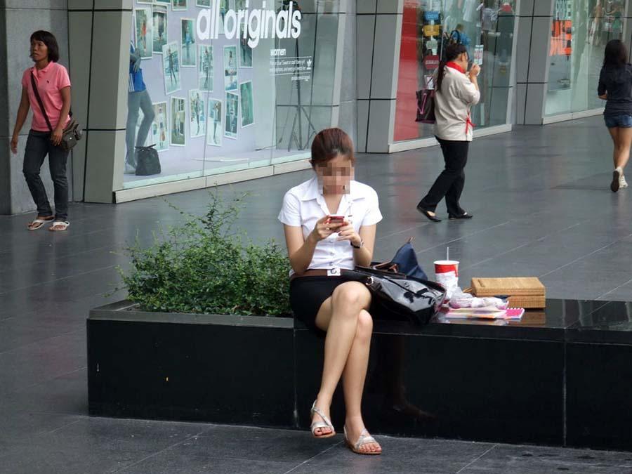 【画像あり】タイの女子学生の制服がエロい画像まとめ。これ男じゃないよね??・19枚目