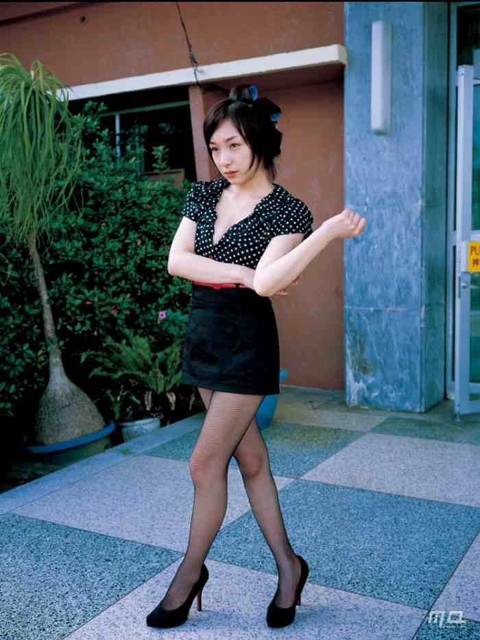 加護亜依(31)壮絶な人生を送ってきた元モー娘。のエロ画像まとめ(61枚)・19枚目