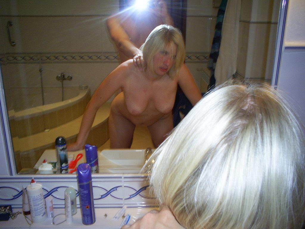 【素人流出】鏡越しにハメ撮りしたバカップル破局後にしっかり流出するwwwwww(エロ画像あり)・99枚目