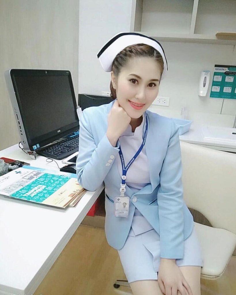 【画像あり】タイで入院したワイ、ナースがエロすぎで勃起が止まらない・・・・29枚目