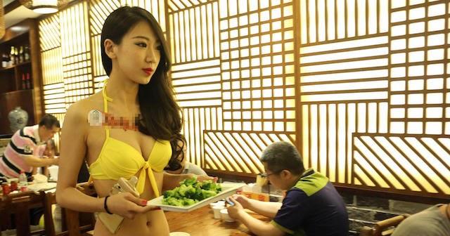 【画像あり】儲ける為に何でもヤル中国さんセクシー居酒屋を開店する。これは行きたいわwwwwww・3枚目