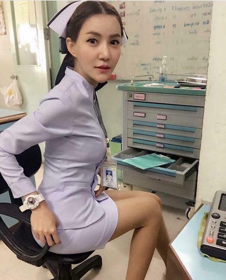 【画像あり】タイで入院したワイ、ナースがエロすぎで勃起が止まらない・・・・31枚目