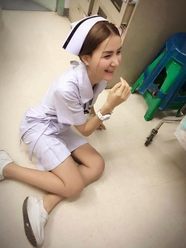 【画像あり】タイで入院したワイ、ナースがエロすぎで勃起が止まらない・・・・4枚目