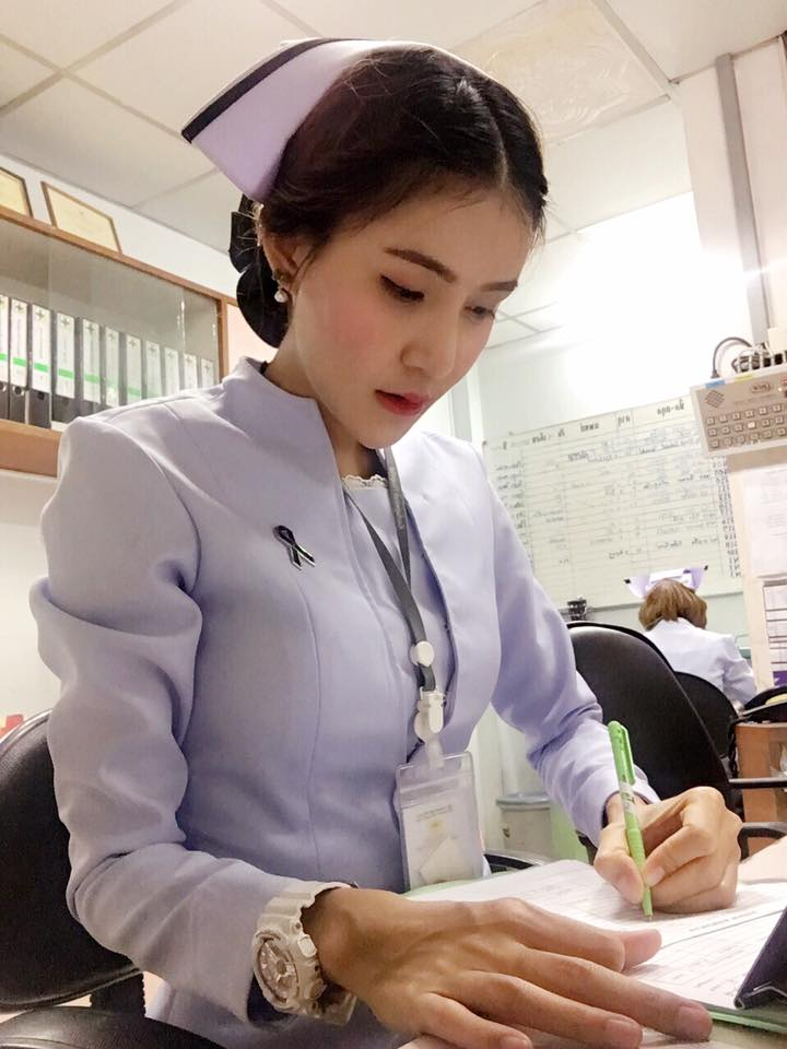 【画像あり】タイで入院したワイ、ナースがエロすぎで勃起が止まらない・・・・7枚目