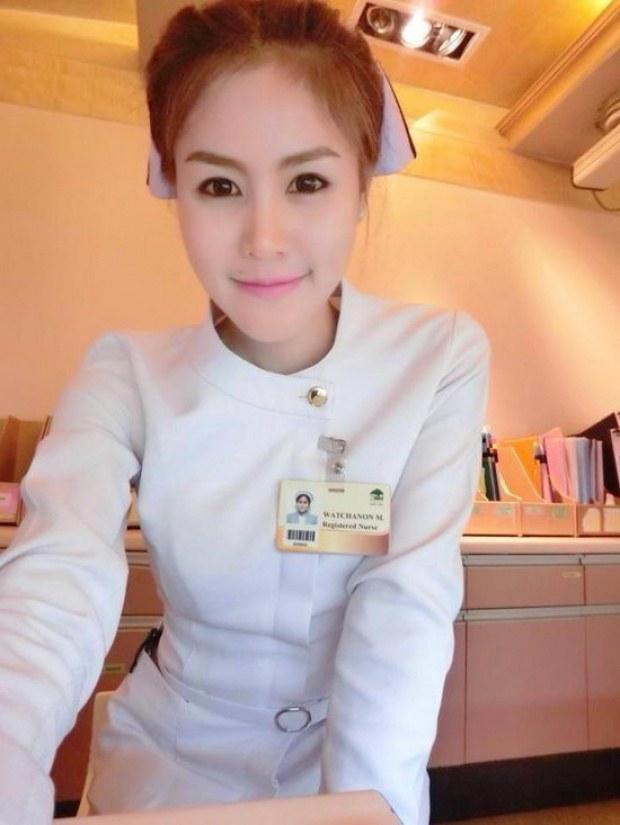【画像あり】タイで入院したワイ、ナースがエロすぎで勃起が止まらない・・・・9枚目