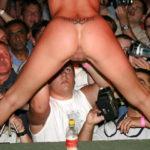 【ストリップ】ステージで全裸の女を撮影するカメラ小僧を撮影した画像まとめwwwww
