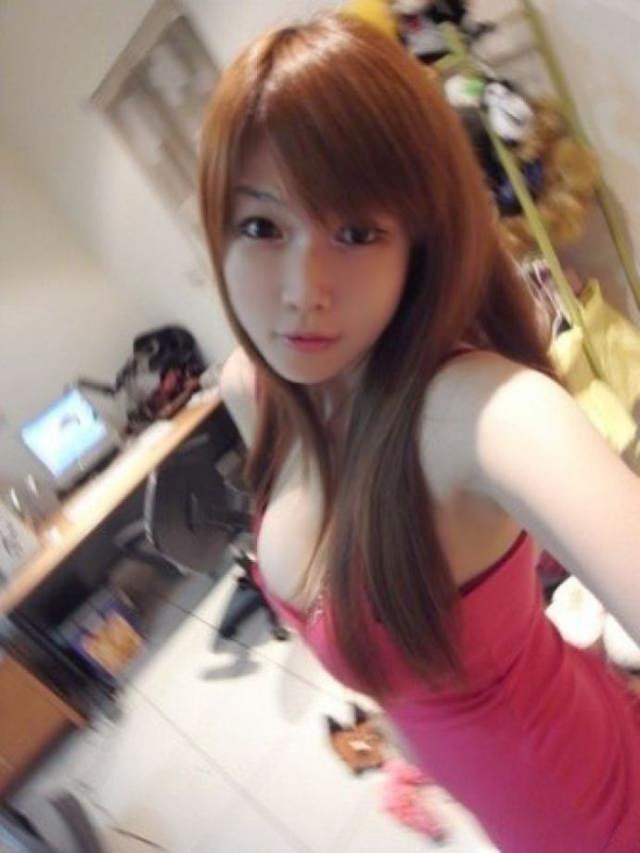 【自撮りエロ】日本男が興起する台湾美女のエロ画像まとめ(38枚)・26枚目