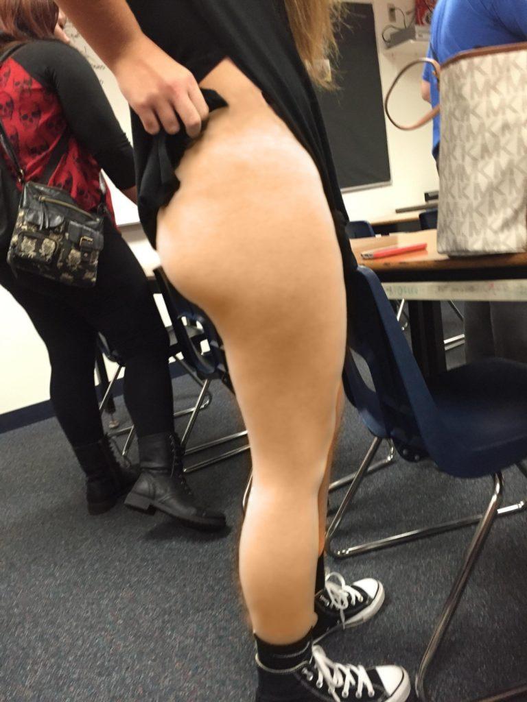 【素人】同級生の女がエロいと男子生徒が盗撮した画像がコレ。勃起不可避やろwwwww(37枚)・33枚目