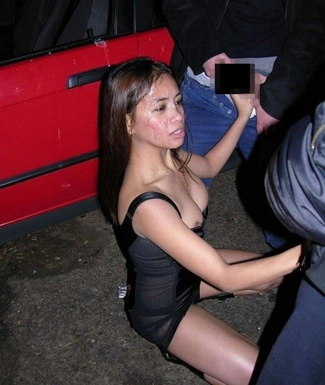 【売春婦】激安すぎる売春さん路上でパパッと済ませるテクを持ってるwwwwww(画像あり)・8枚目