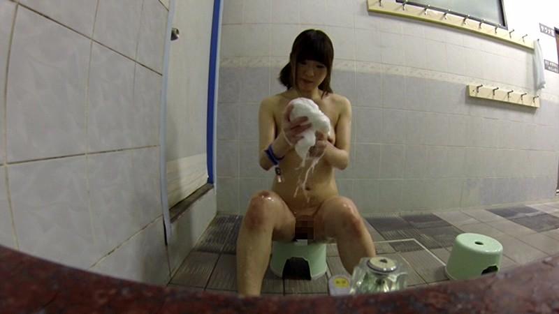 【小学生】JSの入浴を丸出しで放送した問題のシーン・・・これはアカンってwwwwww(画像あり)・30枚目