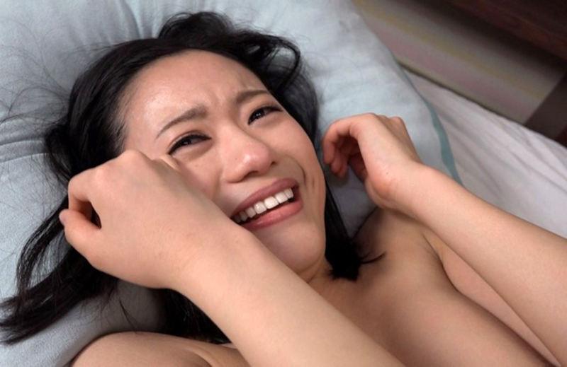 【AV女優】撮影中に「私、何してるんだろぅ…」ってなった女さんの反応。。(画像38枚)・9枚目