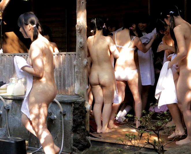 【小学生】JSの入浴を丸出しで放送した問題のシーン・・・これはアカンってwwwwww(画像あり)・42枚目