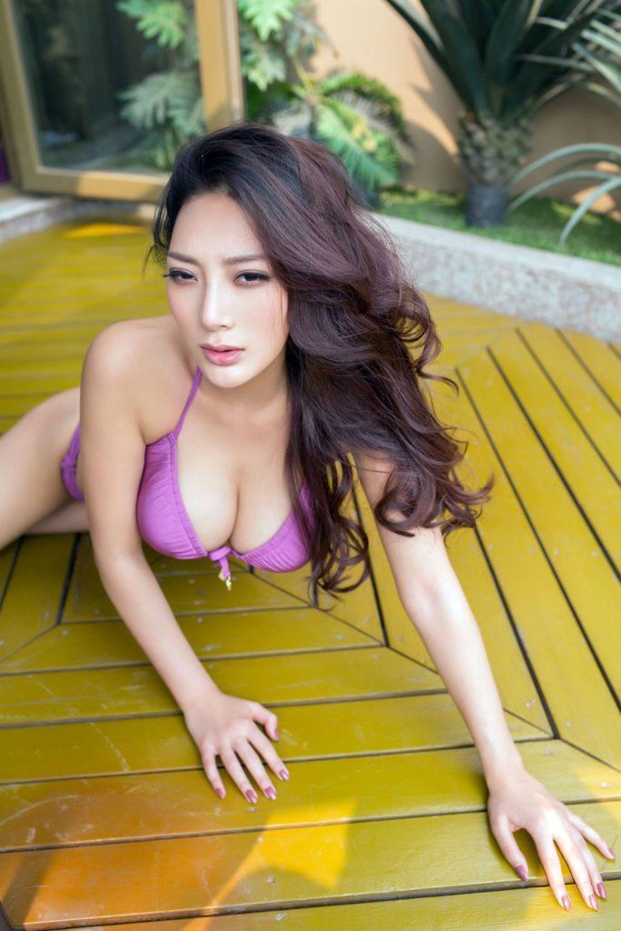 """台湾で一番エロいと言われる""""王李丹""""のエロ画像をご覧ください。(37枚)・2枚目"""