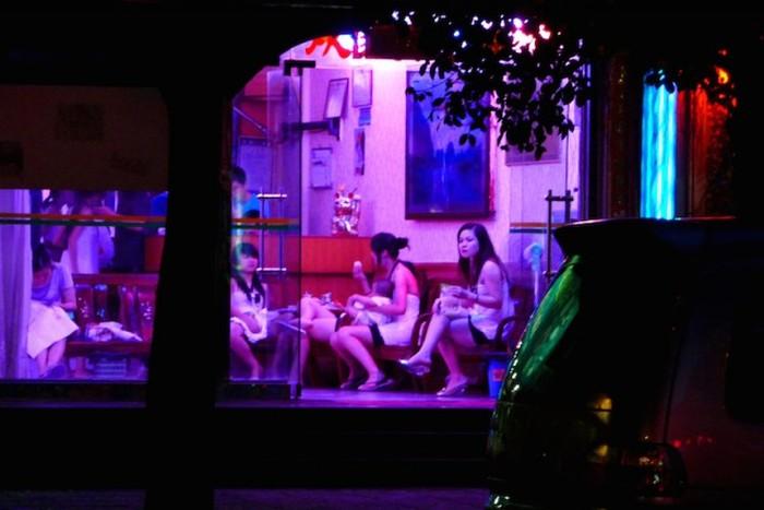 【売春婦】香港の売春まんさん、カネを払わず実態を晒される。。(画像あり)・3枚目