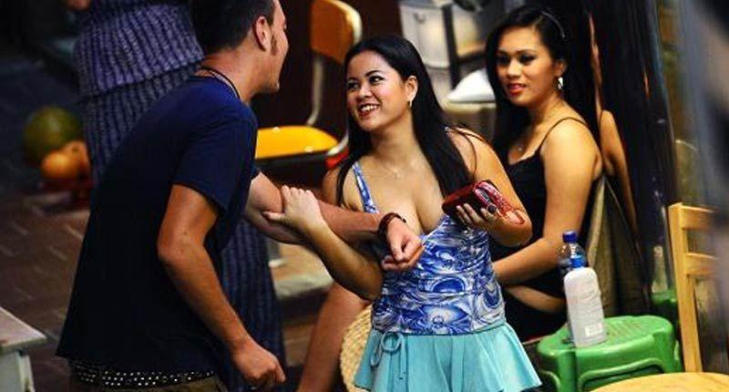 【売春婦】香港の売春まんさん、カネを払わず実態を晒される。。(画像あり)・5枚目