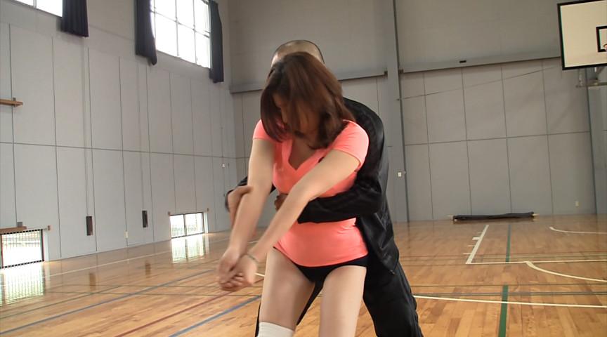 【エロ画像】女子スポーツのコーチがガチで羨ましく思うシーンwwwww・21枚目