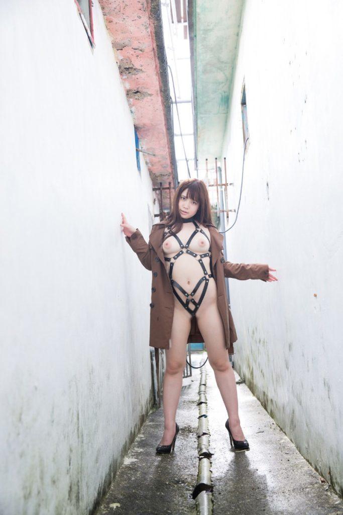 【※保存不可避※】巨乳グラドルまんさん、乳首解禁ヌード画像集 50枚・15枚目