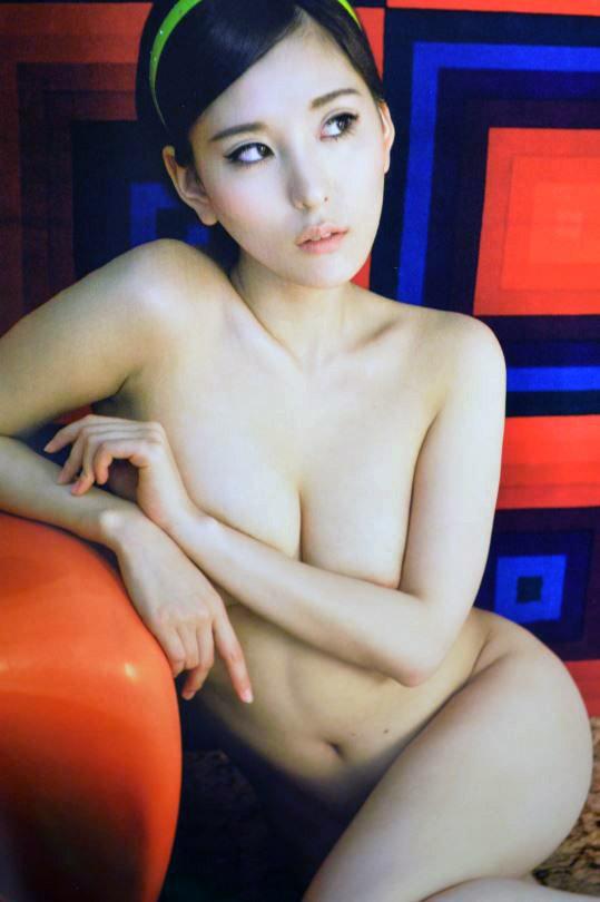 【※保存不可避※】巨乳グラドルまんさん、乳首解禁ヌード画像集 50枚・25枚目